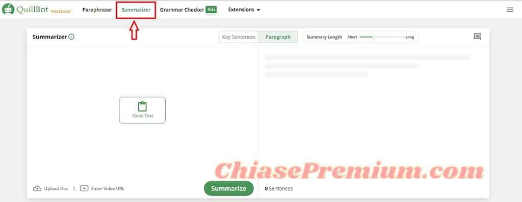 Truy cập vào Summarizer bằng cách click vào tab Summarizer bên cạnh Paraphraser trên thanh tiêu đề